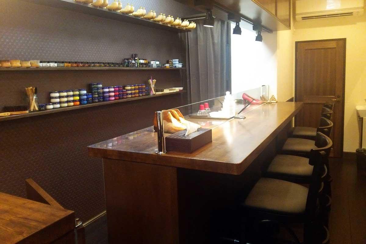 靴磨き専門店 DICOOL